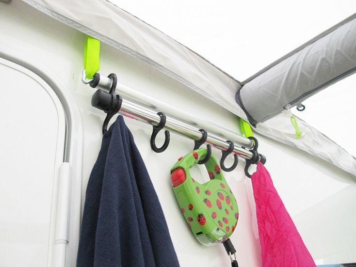 Kampa AccessoryTrack Hanging Rail garderobestang