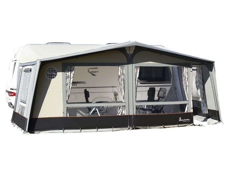 Isabella Commodore Dawn caravanvoortent